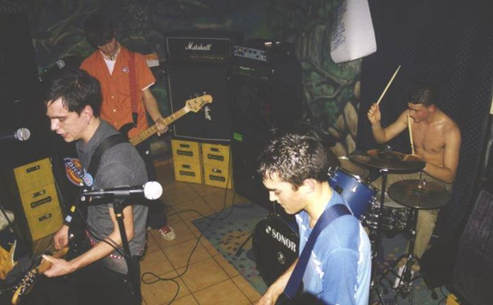 thrash out y one foot 14 de febrero de 2003 fraguel